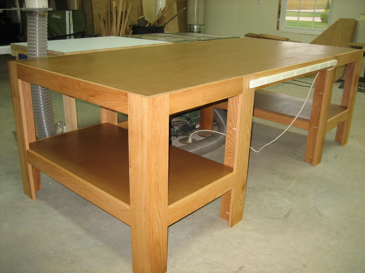 Accessible Outfeed Table - The Wood Whisperer