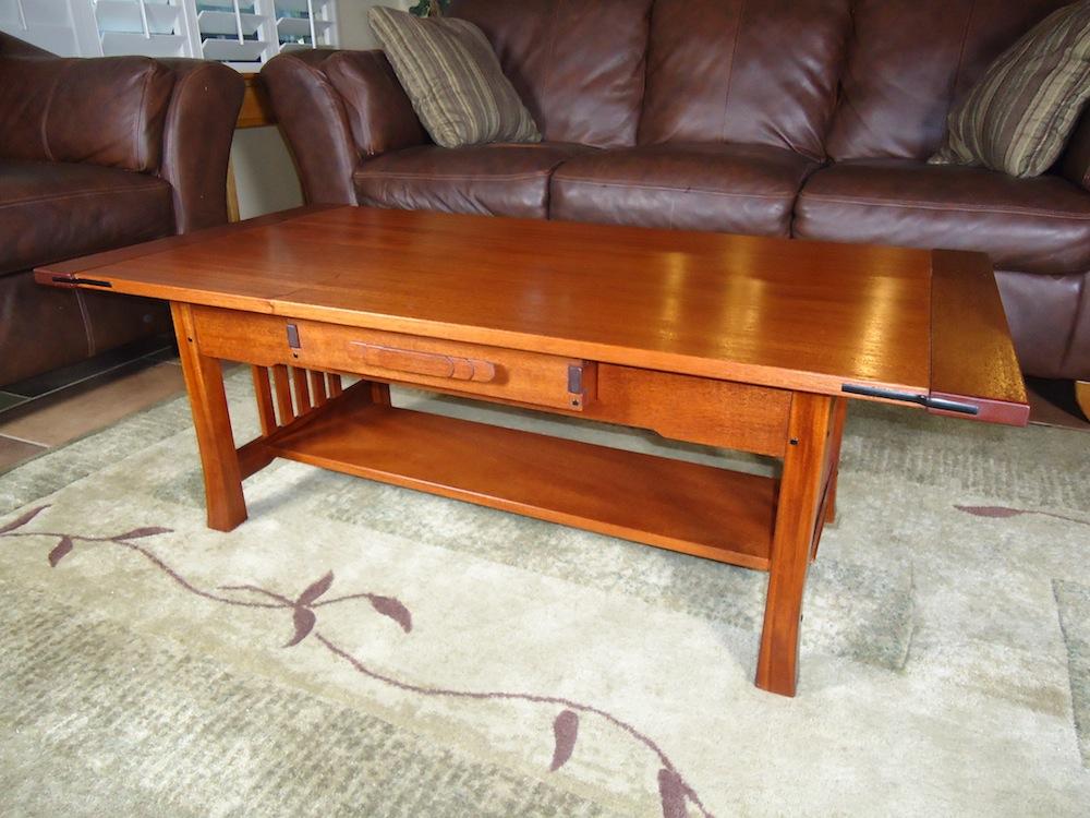 gg coffee table