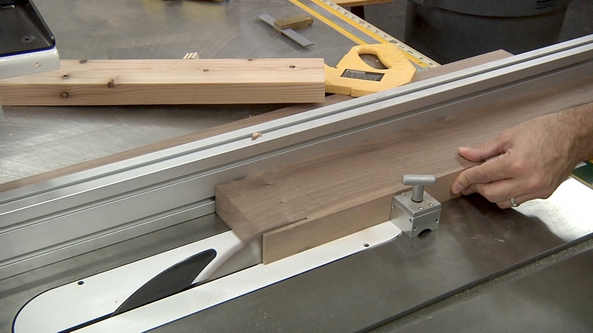 Super Cutting Thin Strips At The Table Saw Download Free Architecture Designs Viewormadebymaigaardcom