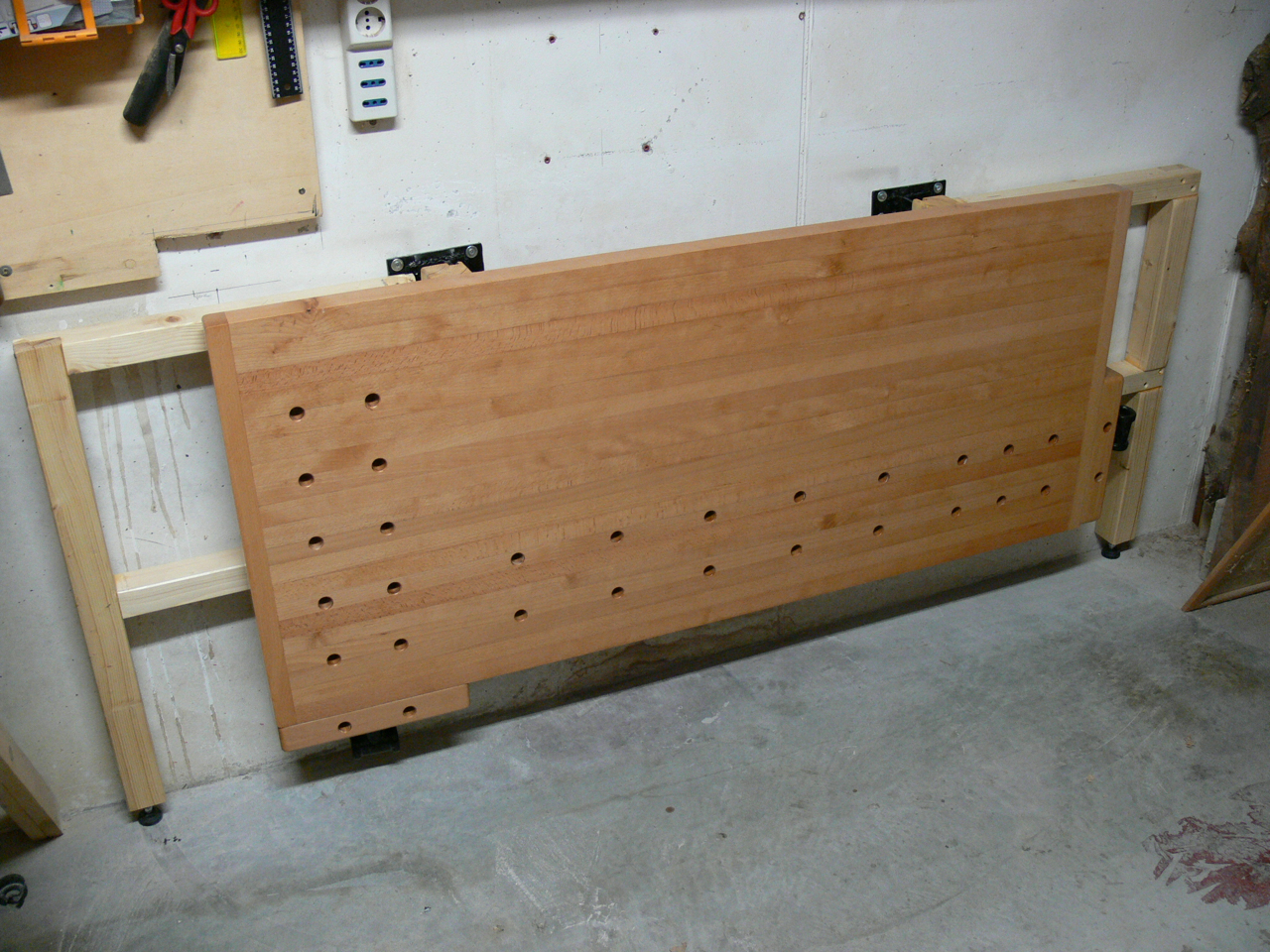 Tommy's Wall-Mounted Folding Workbench - The Wood Whisperer